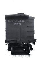 End view of New Haven Railroad wooden boxcar 11729
